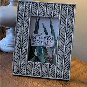 Mixed & Mingle 4x6 Frame